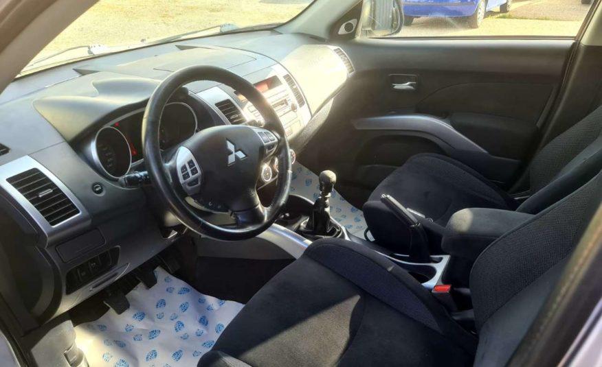 Mitsubishi Outlander 2,0 DI-D Intense